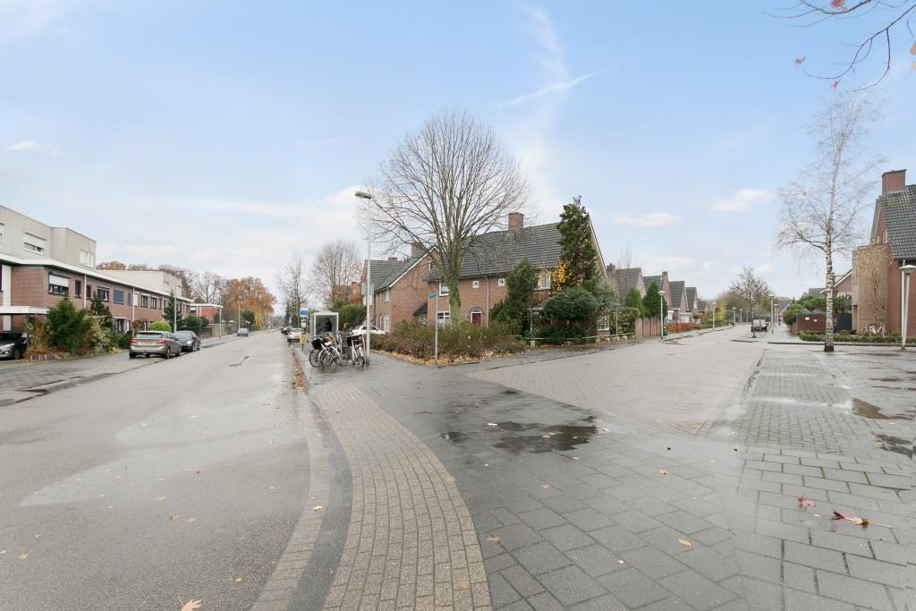 Vliegende koffer, Eindhoven